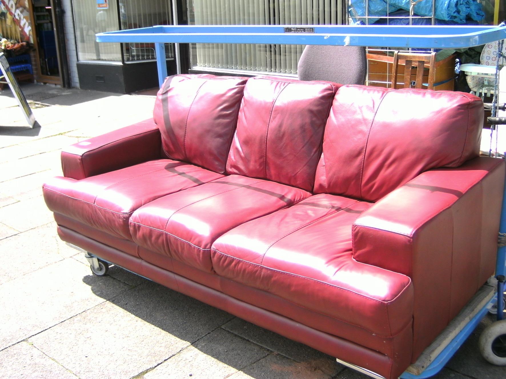 House clearance coventry nuneaton bedworth steptoes for Second hand sofas
